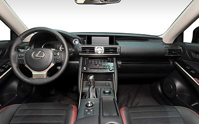 LEXUS IS / 4P / Berline